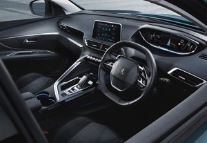 Peugeot_5008Allure_layout6-13_flipped