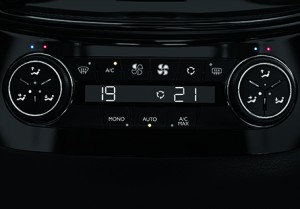 Peugeot_508_Saloon_air_con_445x310