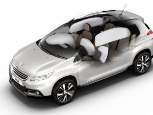 peugeot_2008_airbags_1920x1080.192220.19-300x225-300x225 (1)
