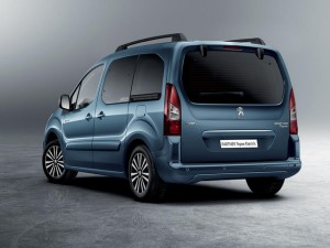 peugeot-partnerelectric-homepage-04.160999.19